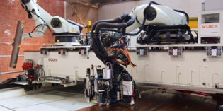 Robotics key to automated aeroplane assembly