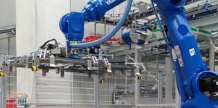 Yaskawa robot talks with Siemens PLC in food logistics
