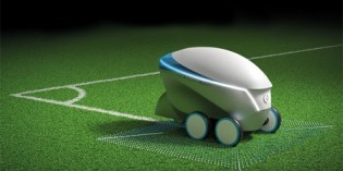 Nissan scores with Pitch-R robot at Champions League final