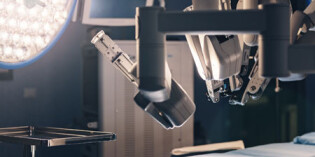 The robot revolution that's upgrading surgery