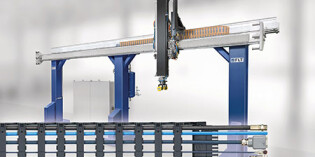 Igus e-chain ensures safety at high speed in a linear motor robot