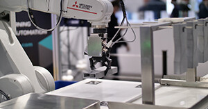 Robots boost productivity in 3D printing post processing